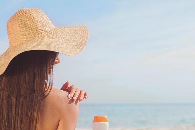 bronzer naturellement bronzage naturel préparer sa peau au soleil